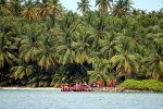 25_Visit_of-Chagossians_with_the_BIOT_people_on_Ile_Bodam
