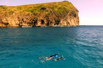 30_Snorkeling_at_Gunner_s_Quoin_(Bettina_Pflugfelder-Plank)