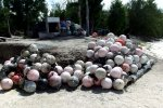 21_Buoys_used_for_pearl_farming